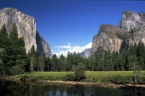 640px-Yosemite_National_Park