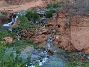 waterfalls-260669_1280