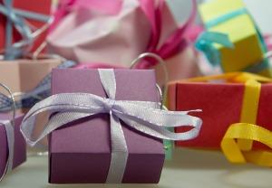 gift-444519_640