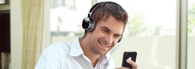 creative-wp-350-wireless-bluetooth-headphone-with-mic-2.jpg